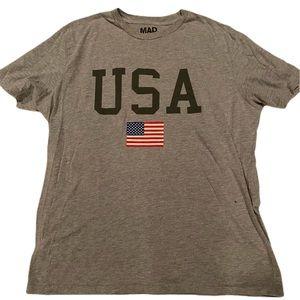 NEW! Unisex gray USA flag tshirt XL